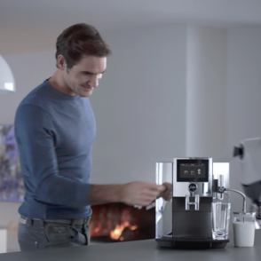 New JURA world campaign featuring Roger Federer and his robot